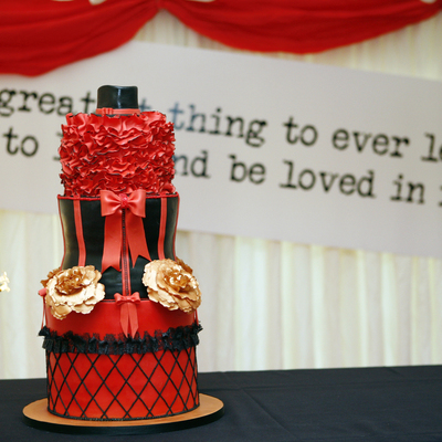 Moulin Rouge Theme Cake