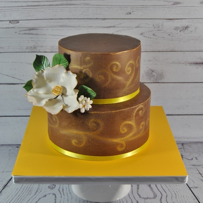 Gold And Semi Naked Cakeno Fondantthis Is My Last Cake For Year 2014 Its A Chocolate Cake Covered With Milk Chocolate Ganache I Call It