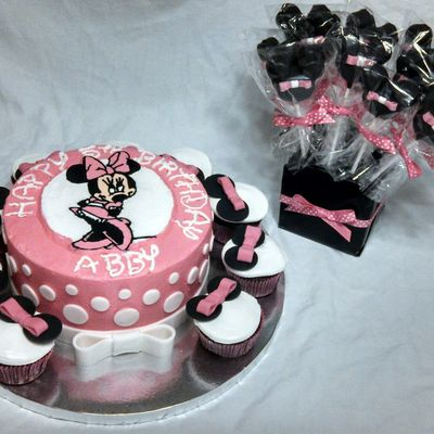 Minnie Mouse Buttercream Transfer My First One And Coordinating Cake Pops