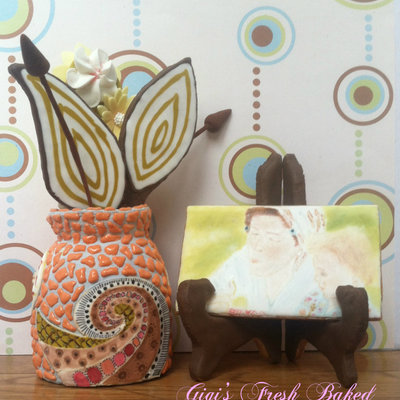 Sugar Cookie 3D Vase, Hand Painted Picture And Stand