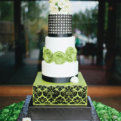 Swanky Green Black And White Modern And Damask Wedding Cake With Fresh Flowers By Sweet And Swanky Cakes