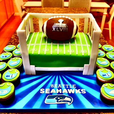 Seattle Seahawks Super Bowl And Baby Shower Cake This Cake Is A Fusion Of Two Themes Super Bowl And Baby Shower So I Put The Football In