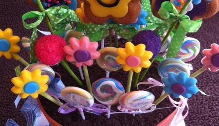 Alice in wonderland dessert table for Fancy flower pots
