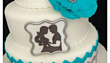 Clean Simple Cake Design With Jessica Harris : Musical Ruffles - CakeCentral.com