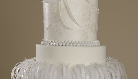 rice paper feather wedding cake beautiful wedding cake made from rice paper feathers 19224