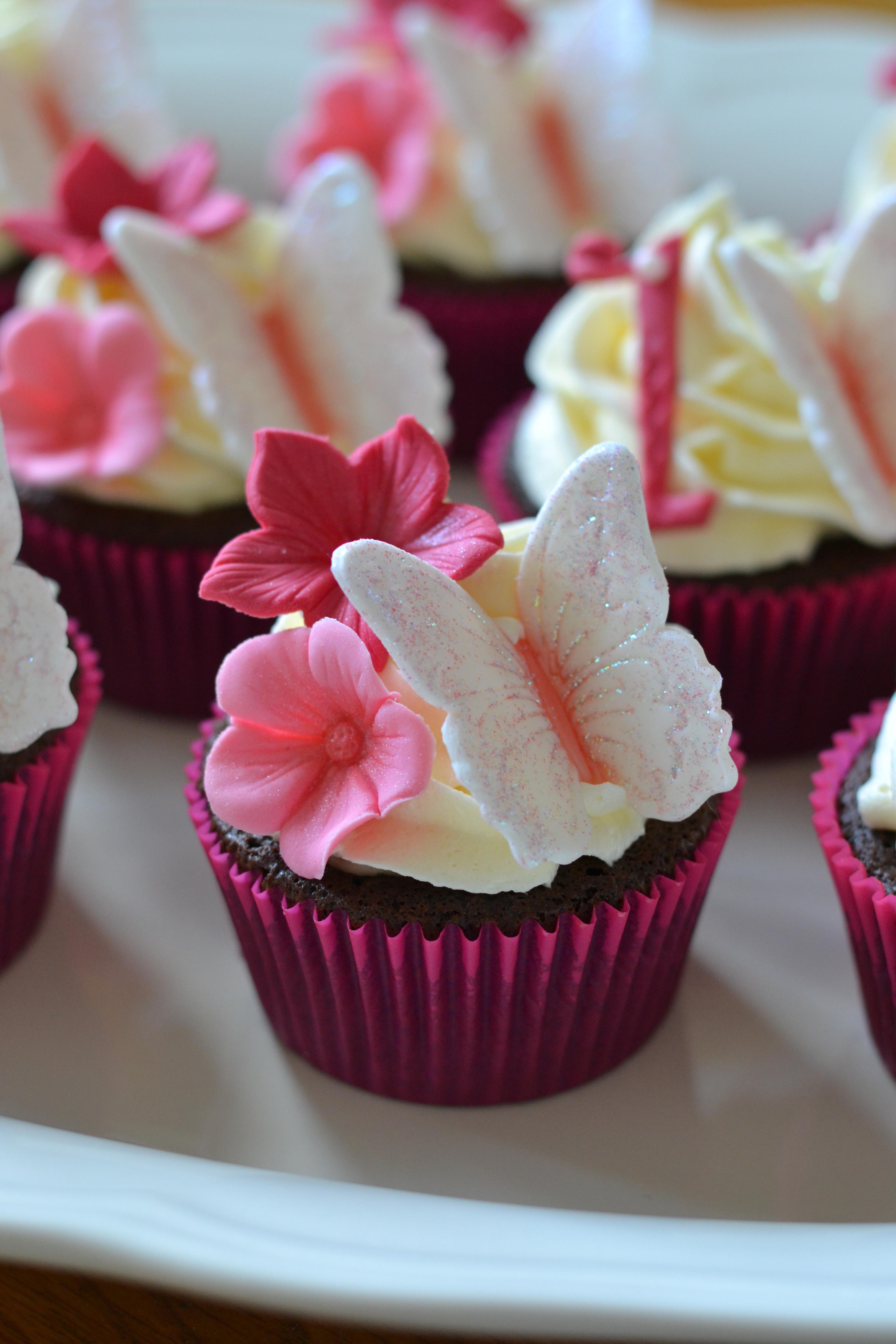 Lavender Amp Honey Macarons - CakeCentral.com