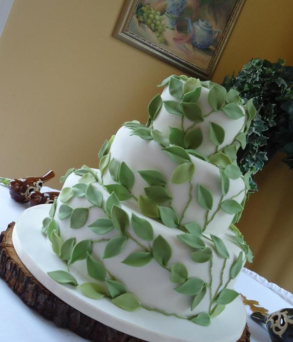 Top Vines Amp Leaves Cakes Cakecentral Com