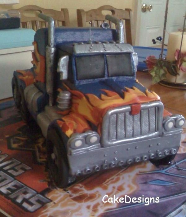 Transformers - Optimus Prime In Truck Mode