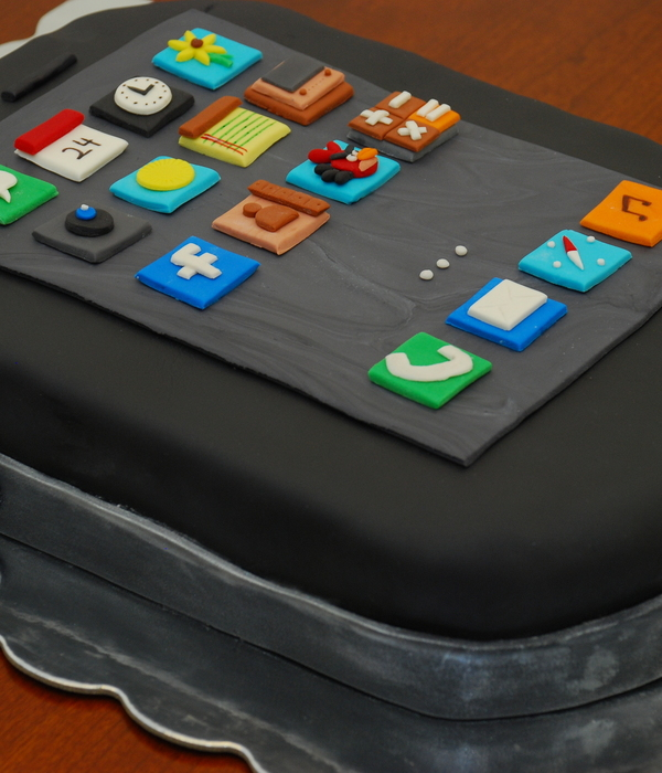 Black Iphone Cake