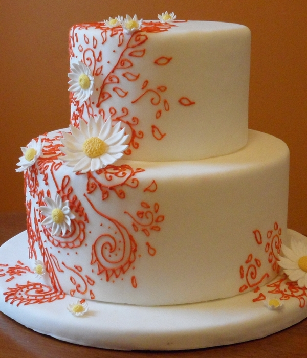 Henna And Daisy Cake