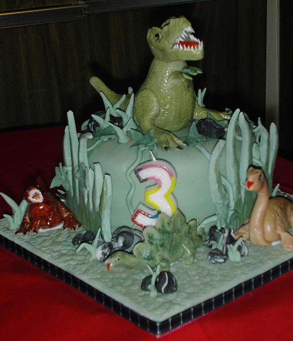 Dinosaur Birthday Cake For A 3 Year Old Boy