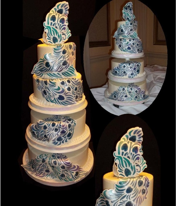 stencils for wedding cakes inspiring peacock cakes collection cakecentral 7702
