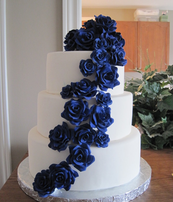 Cascading Sugar Roses Wedding Cake