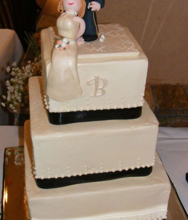 Square Ivory Wedding Cake