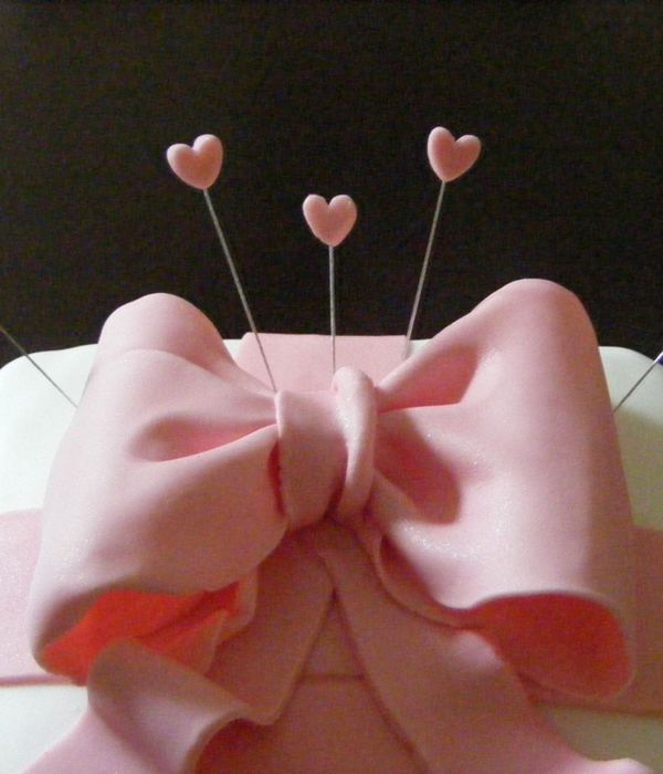 Pink Bow And Heart Crown Birthday Cake