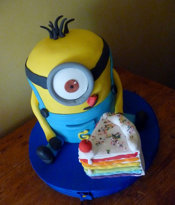 Yellow Minion From Despicable Me The Piece Of Cake Is Fake Ahaha