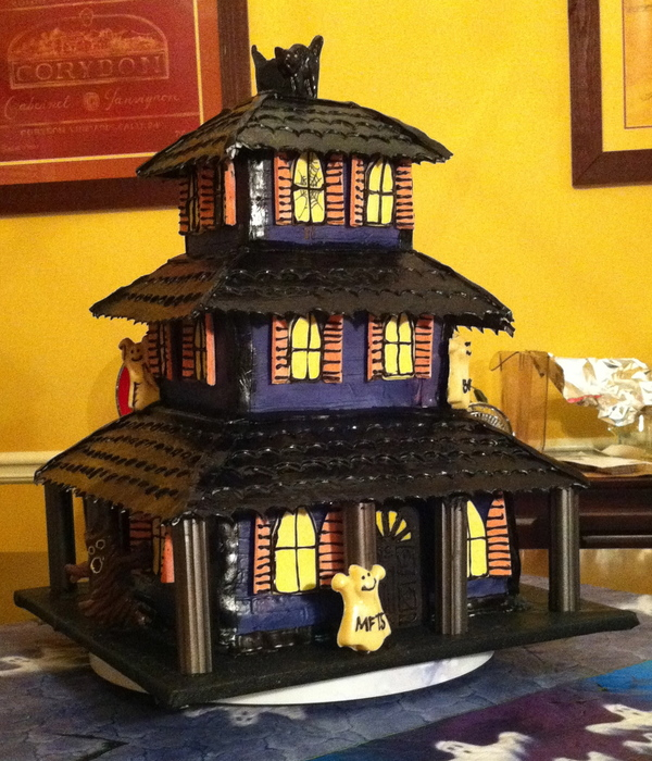 3 Story Haunted House Cake