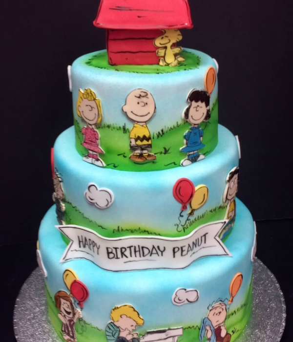 peanuts birthday cake