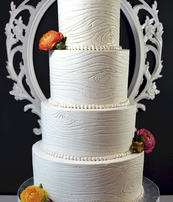 Buttercream Woodgrain Wedding Cake