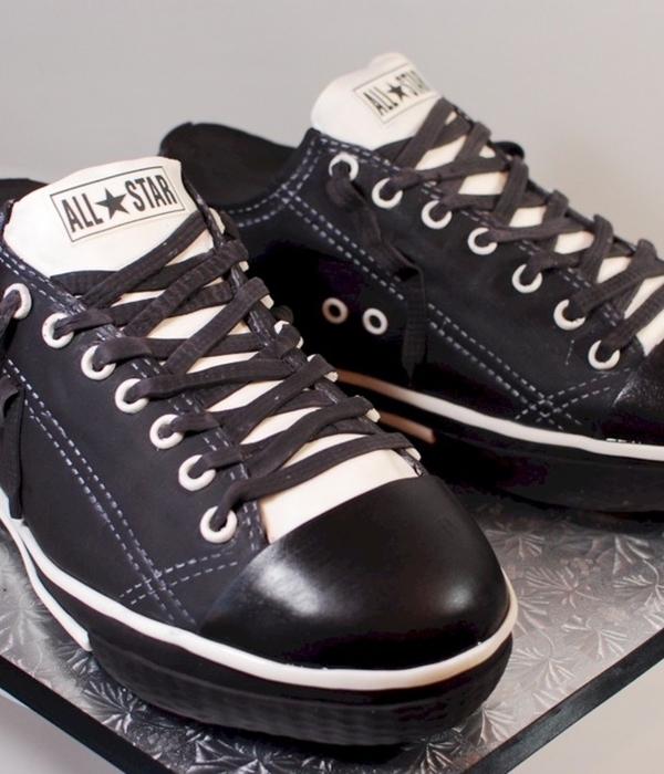 Chuck Taylor All Star Converse Cake