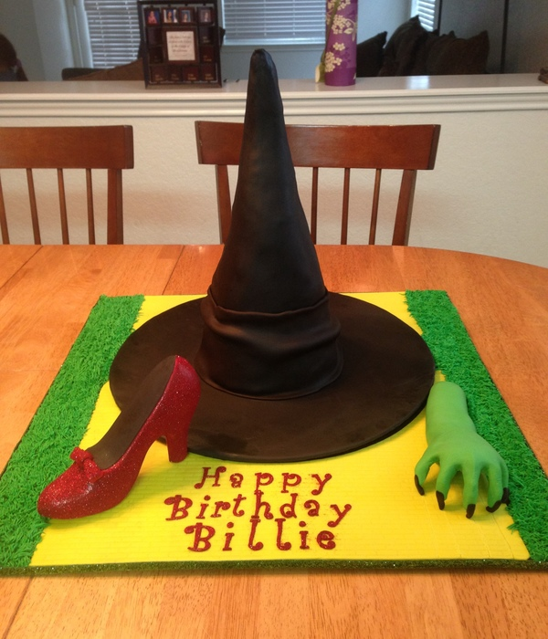 Wizard Of Oz Ruby Slipper Witches Hat And Green Witch Hand...