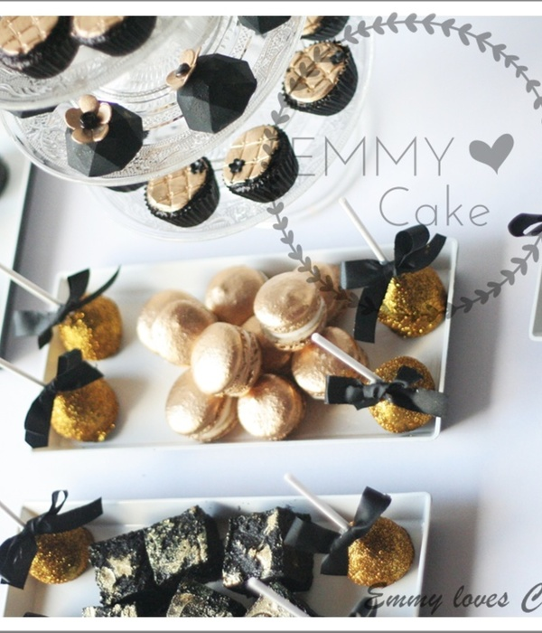 Gold And Black Sweet Table