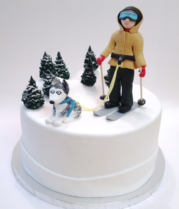 Husky Dog Skiing Cake