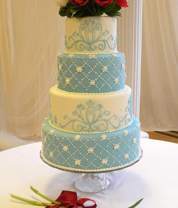 Diamond Cake Decorating Photos