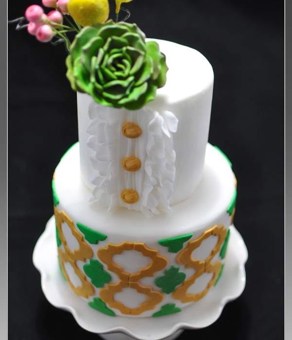 Gold And Green Quatrefoil Cake With Succulent Flower Billy Balls And Apple Berries