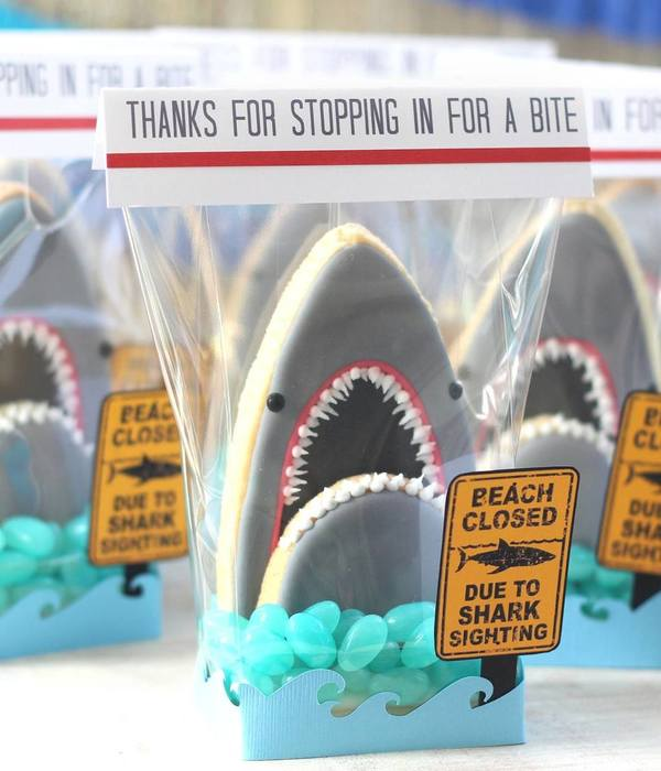 3D Shark Head Cookies