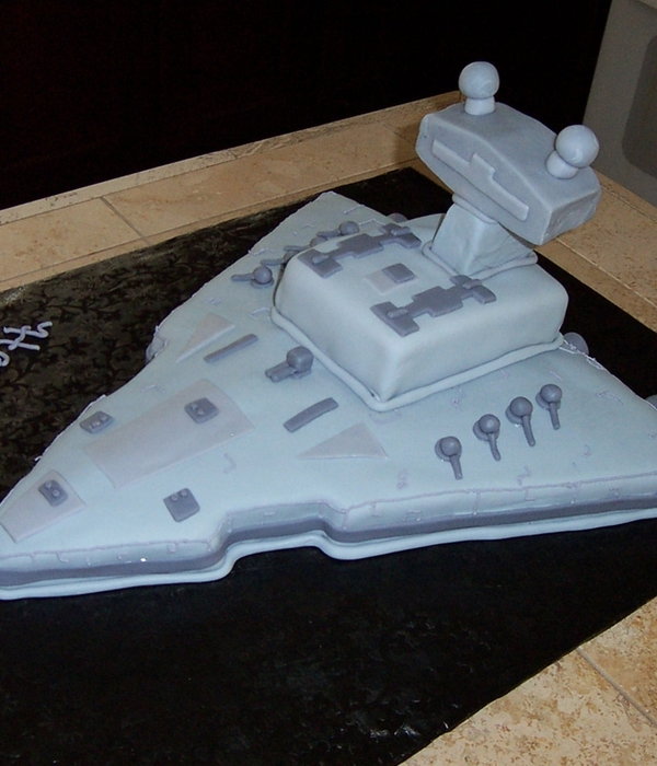 Star Destroyer Cake
