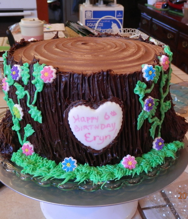 Tree Stump With Butter Cream Frosting And Sugar Flowers...