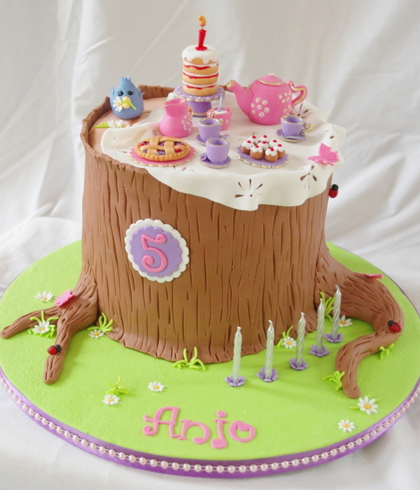 Anjos Forest Tea Party Cake