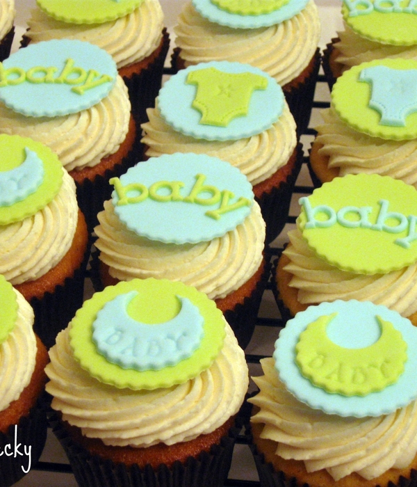 Green & Blue Baby Shower Cupcakes