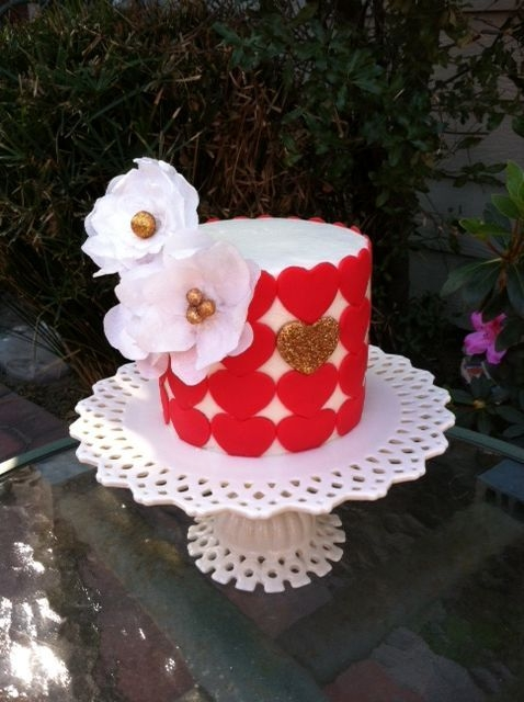 Wafer Paper Flowers Valentine Cake