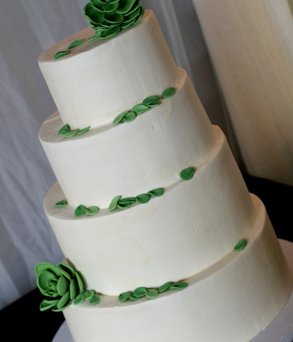 Bride Wanted Off Center Round Cake With Fondnat Succulent...