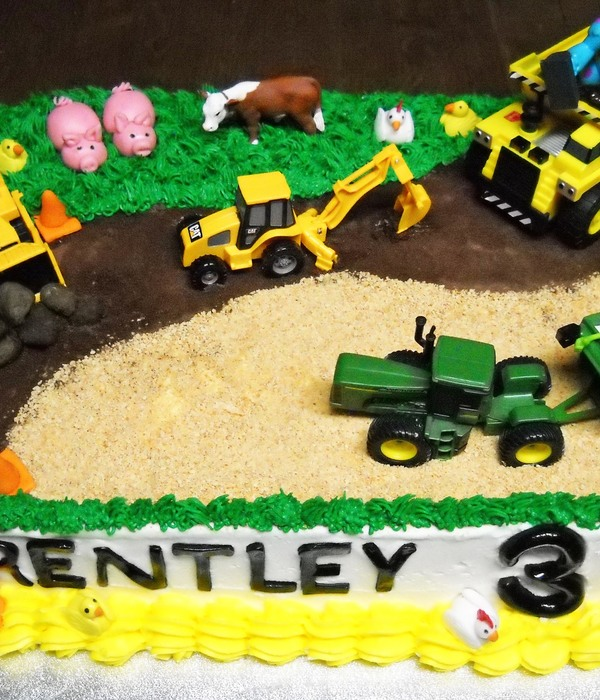 Tractor Cake Decorating Photos