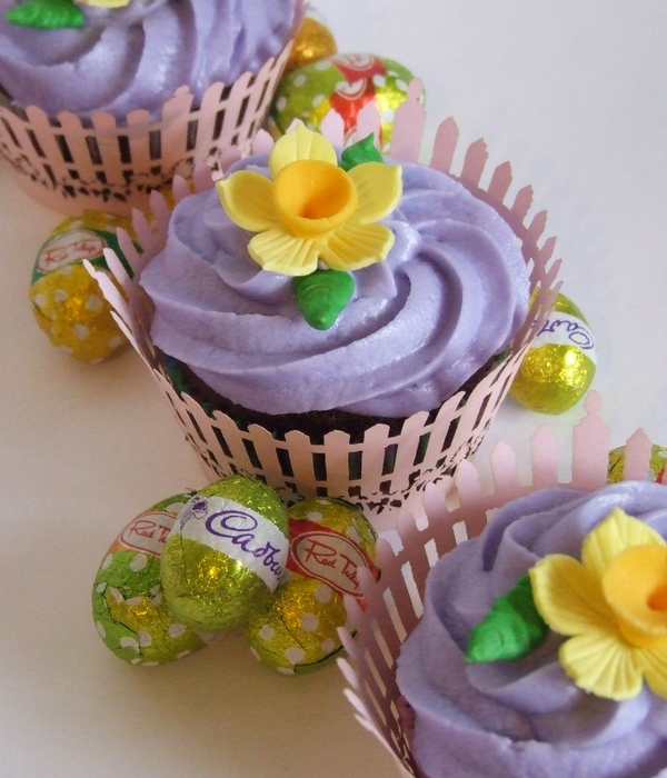 Easter Daffodil Cupcakes