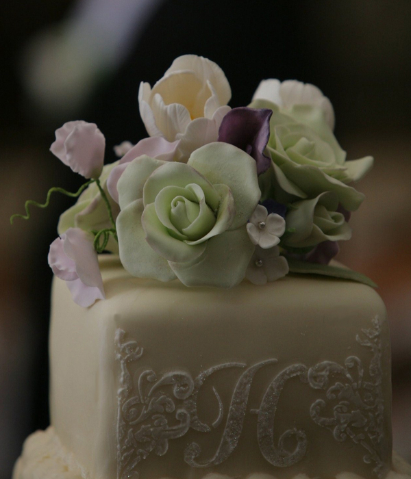 Wedding Cake W Sugar Flowers And Stenciling