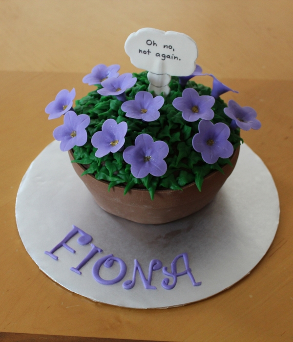 Bowl Of Petunias Cake