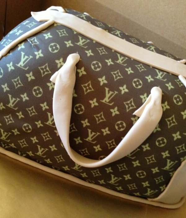 3 D Louis Vuitton Cake 12 Sheet Cakecovered In Fondant And...