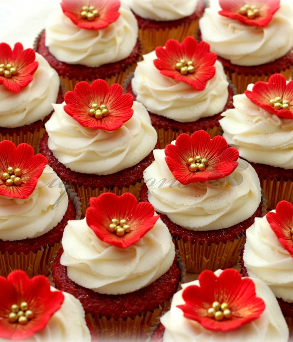 Top Red Gold Cakes Cakecentral Com