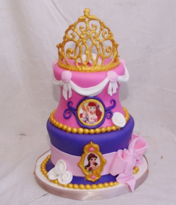 Disney Princess Cake With Tiara