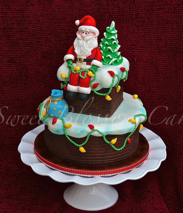 Santa And All Decoration Made Out Of Fondant
