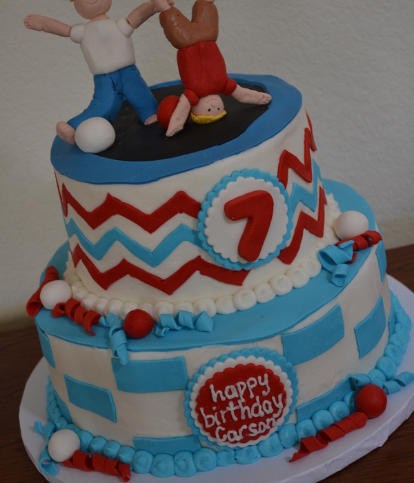 2 Tier Red Amp Blue Trampoline Cake With Gumpaste Figures