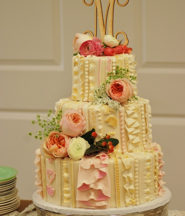 I Did This Wedding Cake For My Daughters Big Day She Had A...