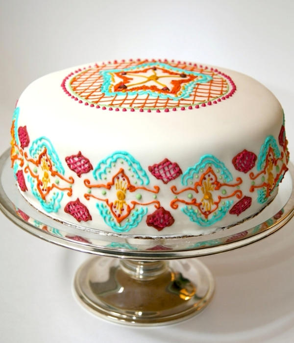 Top Henna Inspired Cakes