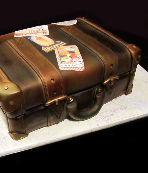 Top Luggage Cakes - CakeCentral.com