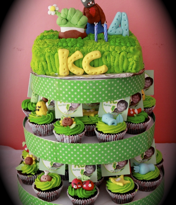 Plants Vs Zombies Cake And Cupcake Tower