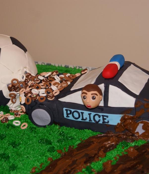 Police Car Cake Decorating Photos